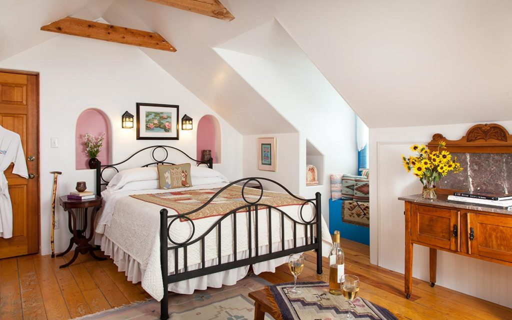Santa Fe, Taos, NM, Visitor, Vacation Guide, Casa Escondida B&B 1